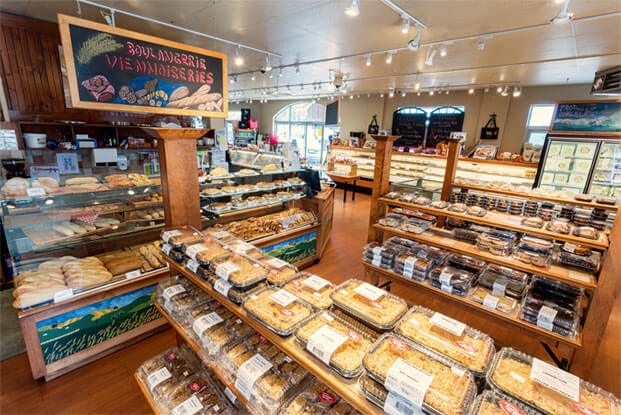 Fantaisie du blé, breads, meats, cakes, pies, ready-to-eat
